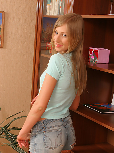 Viktoria - Teen Slut
